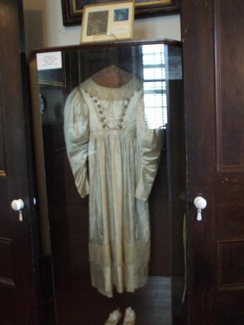 The-Haunted-Wedding-Dress