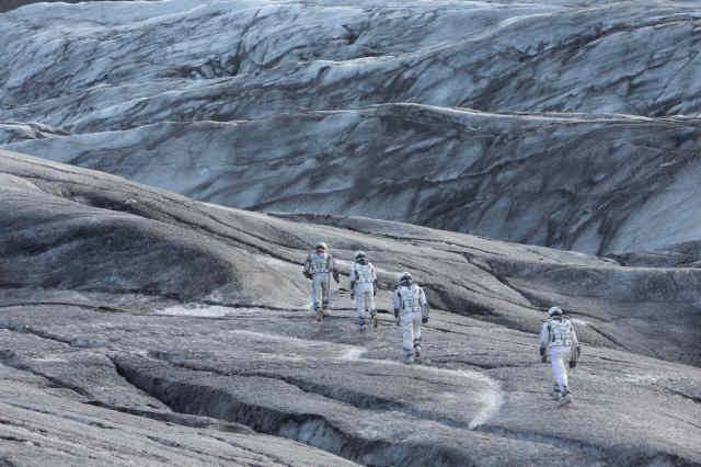 Interstellar-spacewalk