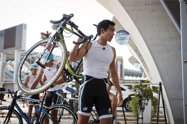 To The Fore - Eddie Peng