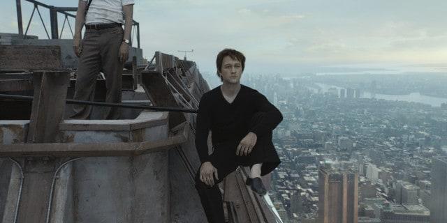 Philippe Petite (Joseph Gordon-Levitt) - THE WALK.