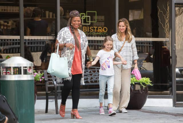 Angela (QUEEN LATIFAH) is determined to take Anna (KYLIE ROGERS) and Christy (JENNIFER GARNER) for a tour of Boston in Columbia Picturs' MIRACLES FROM HEAVEN.