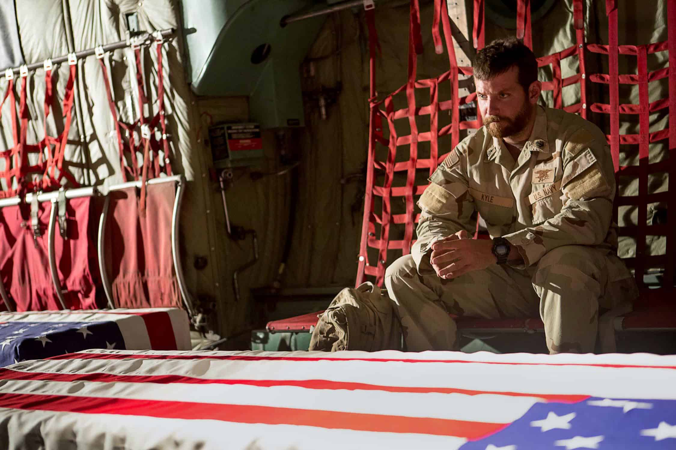 'American Sniper' debuts 1st trailer and poster